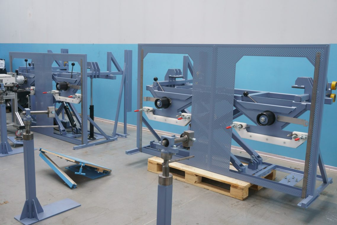 Test stands 2